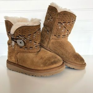 UGG Bailey Button Tehuano Pull On Boot Toddler 10